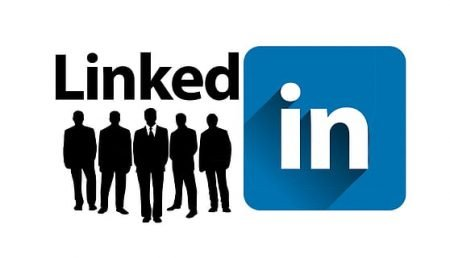 Top 6 Hacks to Set You Apart on LinkedIn for Small Business